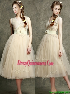 Cheap Champagne V Neck Dama with Belt and Bowknot