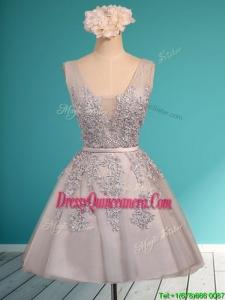 Modest Deep V Neckline Grey Dama Dress with Appliques and Belt