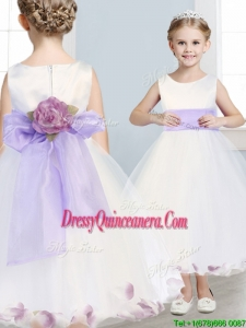Fashionable Scoop Hand Made Flowers and Appliques Mini Quinceanera Dress in White