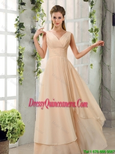 Beautiful Ruched V Neck Chiffon Dama Dresses in Champagne