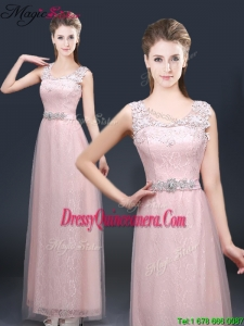 2016 Pretty Empire Scoop Dama Dresses with Lace and Appliques