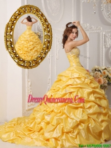 2016 Perfect Pick Ups and Appliques Quinceanera Dresses with Court Train