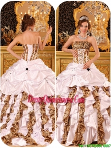 Beautiful Strapless White Quinceanera Dresses with Brush Train