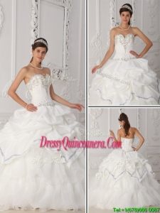 Exquisite White Sweetheart Quinceanera Dresses with Bea