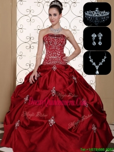 Romantic Embroidery Strapless Sweet 15 Dresses in Wine Red