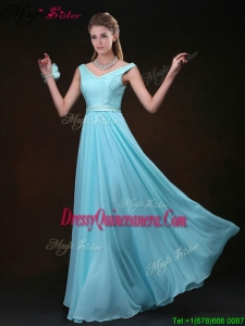 Popular Empire V Neck Dama Dresses with Belt and Lace