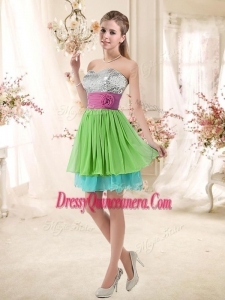 Beautiful Sweetheart Short Dama Dresses with Sequins and Belt