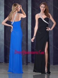 Beautiful One Shoulder Black Dama Dress with High Slit and Beading