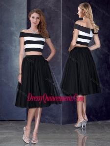 Beautiful Princess Off the Shoulder Black Dama Dress with Cap Sleeves