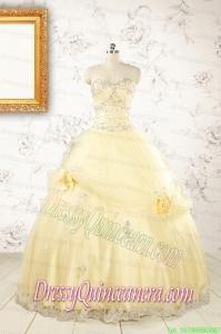 2015 Cute Beading Light Yellow Quinceanera Dresses