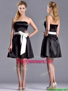 Romantic A Line Strapless White Be-ribboned Short 2016 Dama Dresses in Black