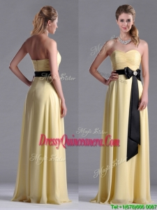 Beautiful Sweetheart Yellow 2016 Dama Dress with Ruching and Black Bowknot