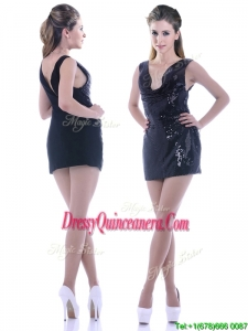 Latest Column Low Cut Neckline Sequined Beautiful Dama Dress in Black