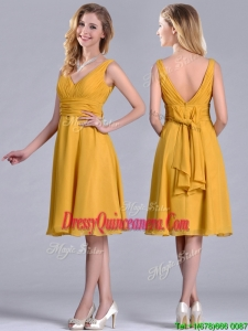 Latest Empire V Neck Ruched Gold Beautiful Dama Dress in Chiffon