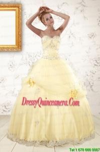 2015 Vintage Beading Light Yellow Quinceanera Dresses