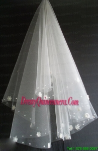 Hand Made Flowers Decorate Tulle Beautiful Wedding Veil