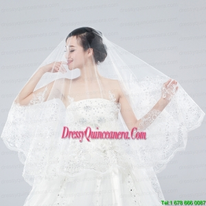 Classic One-Tier Lace Appliques Edge Wedding Veil