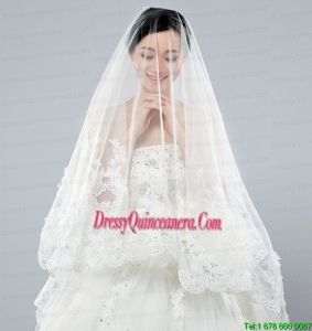 Discount Two-Tier Classic Wedding Veils with Lace Edge