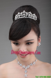 Intensive Flower Rhinestone Alloy Jewelry Set With Crown Necklace And Earrings