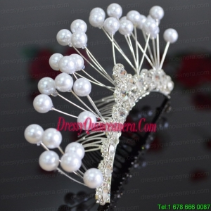 Elegant Tiara With Imitation Pearls