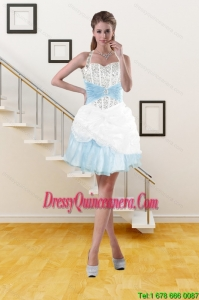 2015 Beautiful Halter Top Dama Dresses with Pick Ups and Beading