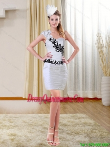 2015 Beautiful Column Short Sweetheart White Dama Dresses with Black Appliques