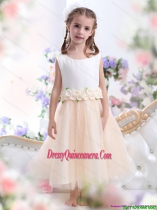 2015 Affordable White Little Girl Pageant Dress with Waistband and Hand Made Flowers