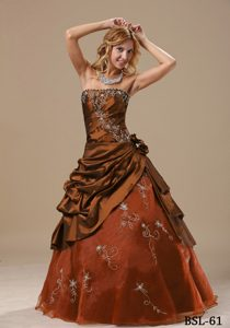Rust Red Strapless Embroidery Sweet Sixteen Dress with Hand Made Flowers