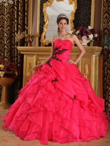 Red Sweetheart Quinceanera Dress with Appliques for Wholesale Price