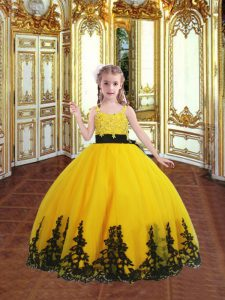 Latest Gold Ball Gowns Spaghetti Straps Sleeveless Tulle Floor Length Zipper Lace and Appliques Child Pageant Dress