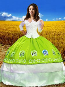 3 4 Length Sleeve Floor Length Embroidery Lace Up Quinceanera Gowns with Yellow Green