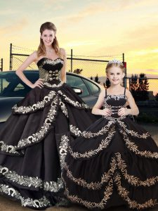 Chic Sweetheart Sleeveless Taffeta Quinceanera Gown Embroidery and Ruffled Layers Lace Up