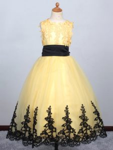Sleeveless Tulle Floor Length Lace Up Kids Formal Wear in Yellow with Appliques