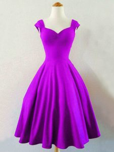 Customized Eggplant Purple A-line Straps Sleeveless Taffeta Knee Length Lace Up Ruching Dama Dress for Quinceanera
