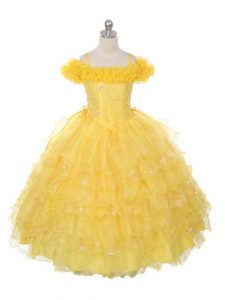 Low Price Floor Length Yellow Little Girl Pageant Dress Off The Shoulder Sleeveless Lace Up