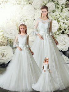 Noble White V-neck Neckline Lace Sweet 16 Dresses Sleeveless Zipper