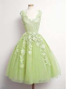 Comfortable Sleeveless Knee Length Appliques Lace Up Quinceanera Court Dresses with Yellow Green