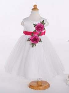 Hot Selling White A-line Scoop Sleeveless Tulle Knee Length Zipper Bowknot and Hand Made Flower Little Girls Pageant Dress Wholesale