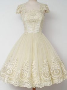 Beautiful Light Yellow Zipper Quinceanera Court of Honor Dress Lace Cap Sleeves Knee Length