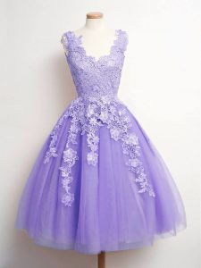 Simple Lavender Tulle Lace Up V-neck Sleeveless Knee Length Dama Dress for Quinceanera Lace