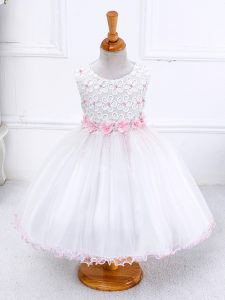 Sleeveless Organza Tea Length Zipper Little Girl Pageant Gowns in White with Appliques