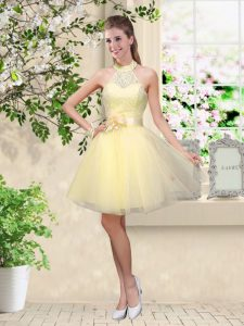 Top Selling Halter Top Sleeveless Vestidos de Damas Knee Length Lace and Belt Light Yellow Tulle