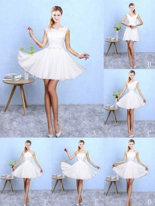 Lovely White Sleeveless Lace and Appliques Knee Length Dama Dress