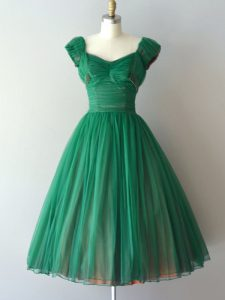 V-neck Cap Sleeves Quinceanera Court Dresses Knee Length Ruching Green Chiffon