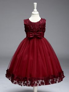 Knee Length Burgundy Little Girls Pageant Dress Tulle Sleeveless Lace and Bowknot