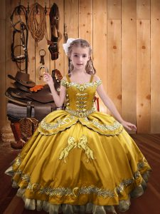 Custom Designed Gold Little Girl Pageant Gowns Sweet 16 and Quinceanera with Beading and Embroidery Off The Shoulder Sleeveless Lace Up