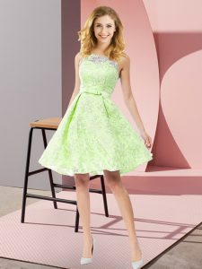 Yellow Green A-line Lace Scoop Sleeveless Bowknot Knee Length Zipper Court Dresses for Sweet 16