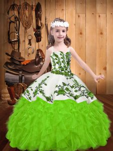Embroidery and Ruffles Little Girl Pageant Gowns Lace Up Sleeveless Floor Length