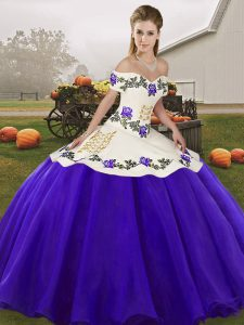 White And Purple Ball Gowns Organza Off The Shoulder Sleeveless Embroidery Floor Length Lace Up Sweet 16 Dresses