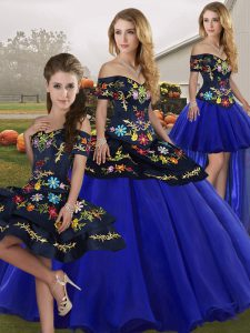Royal Blue Ball Gowns Tulle Off The Shoulder Sleeveless Embroidery Floor Length Lace Up Vestidos de Quinceanera